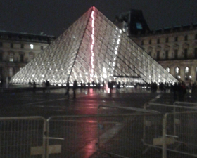 rt carrousel du Louvre Paris